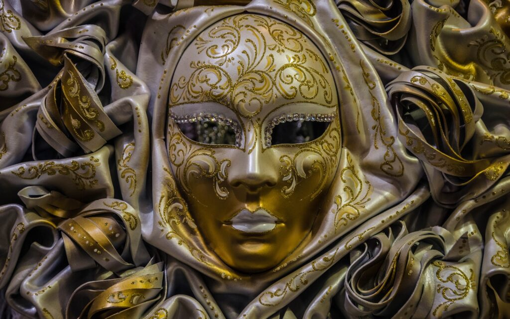 5 Common Types of Venetian Masks